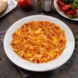 Eeggs with tomato