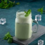 Youghurt with fresh mint (1)